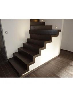 Escalier rénové avec notre kit Béton Ciré